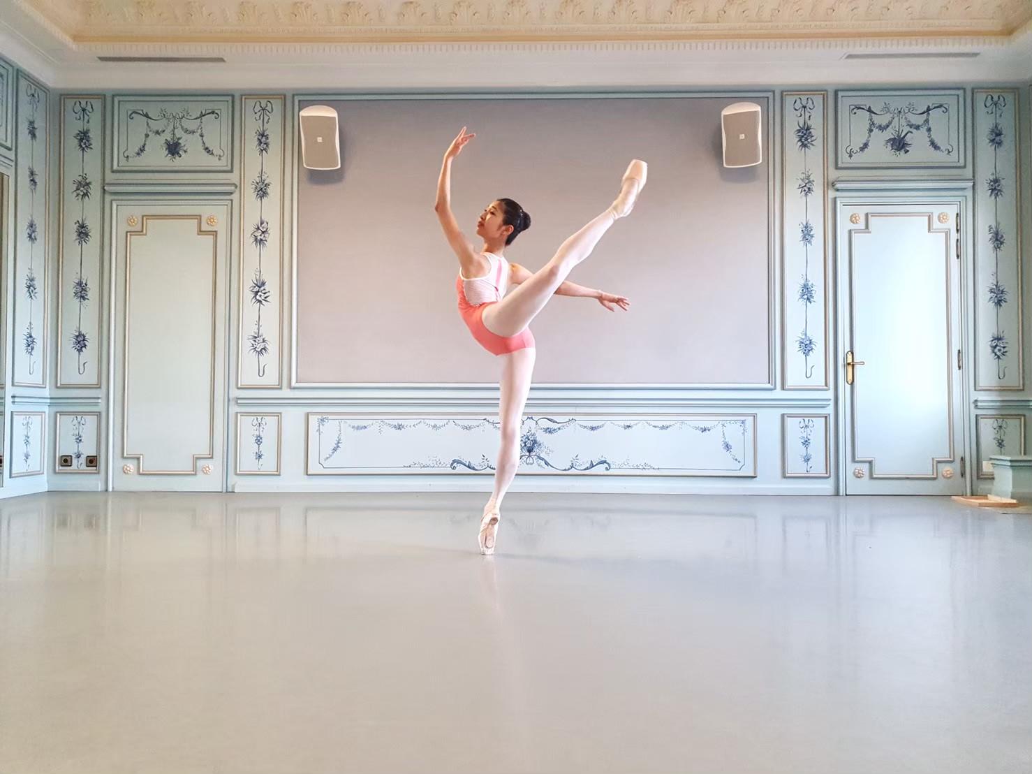 国際 バレエ コンクール ローザンヌ